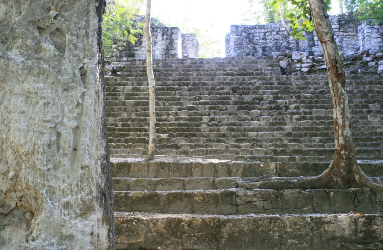 calakmul-stairs
